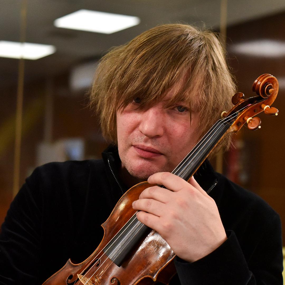 Visszakapta az ellopott hegedűjét Lajkó Félix